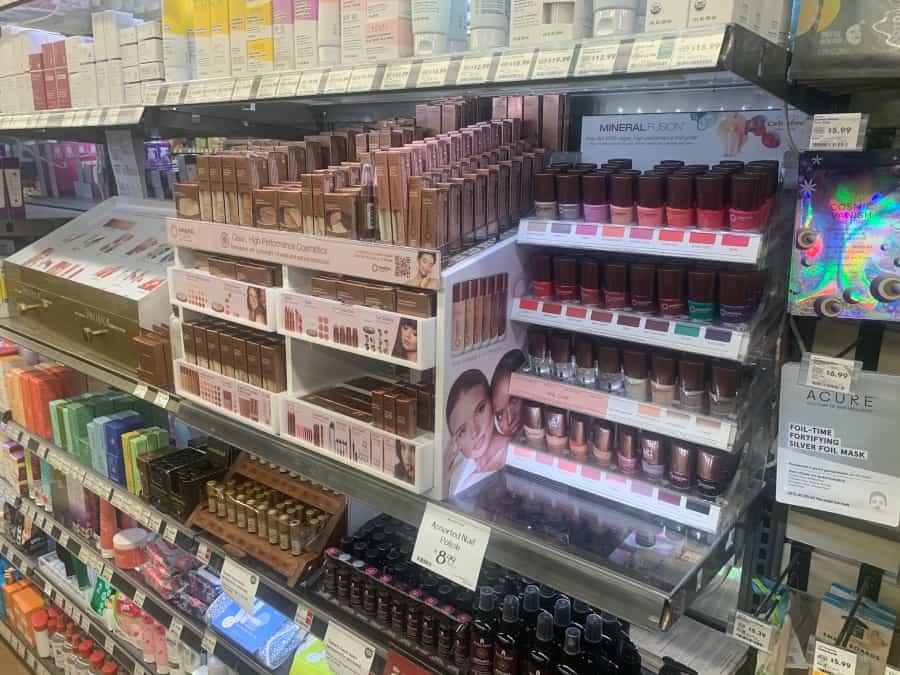 Cosmetics Mineral Fusion 7